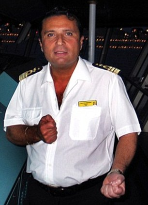 05-cruise-ship-captain