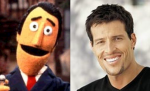 08-guy-smiley-tony-robbins
