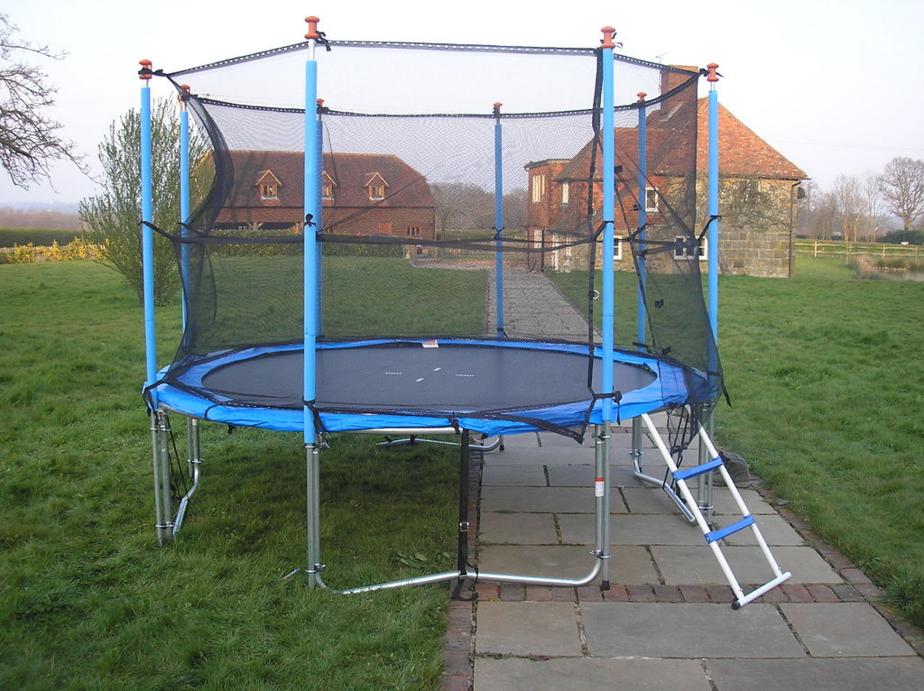 09-trampoline-caged