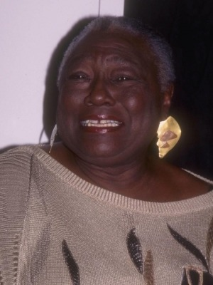 04-esther-rolle