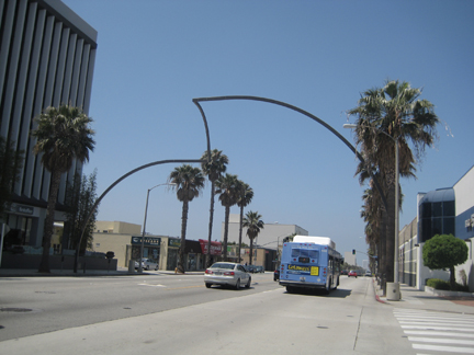 02-santa-monica-big-wave
