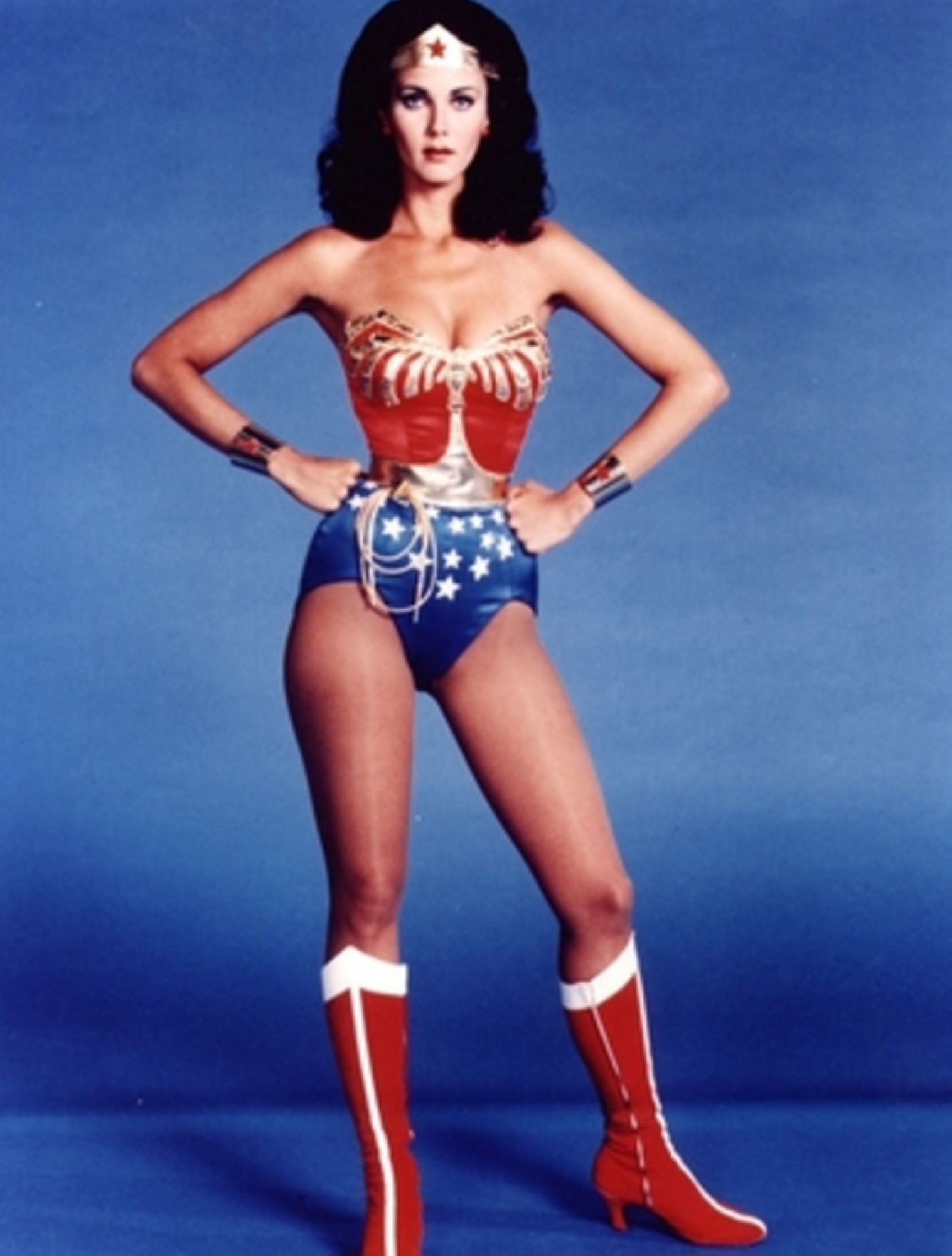 06-Lynda-Carter-Wonder-Woman.jpg