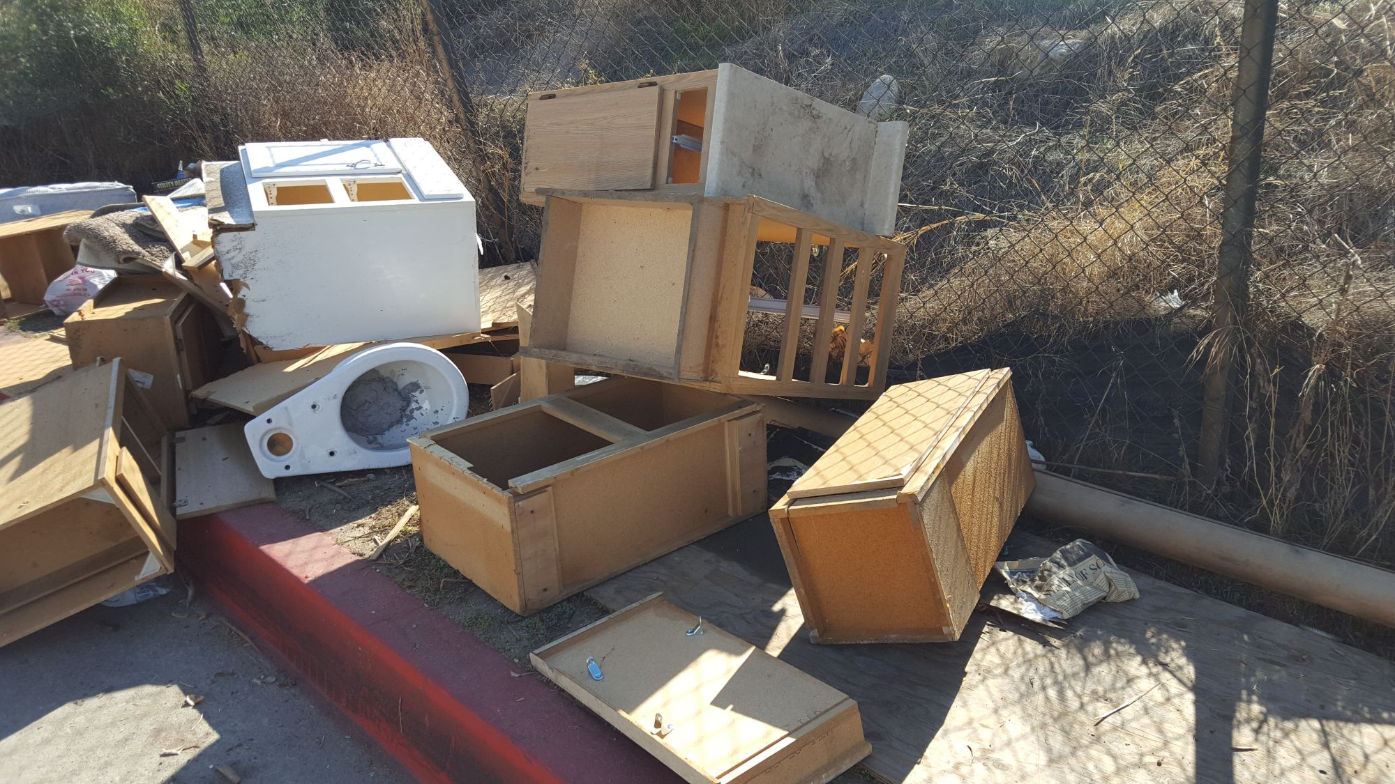 03-More-Glendale-Trash_1