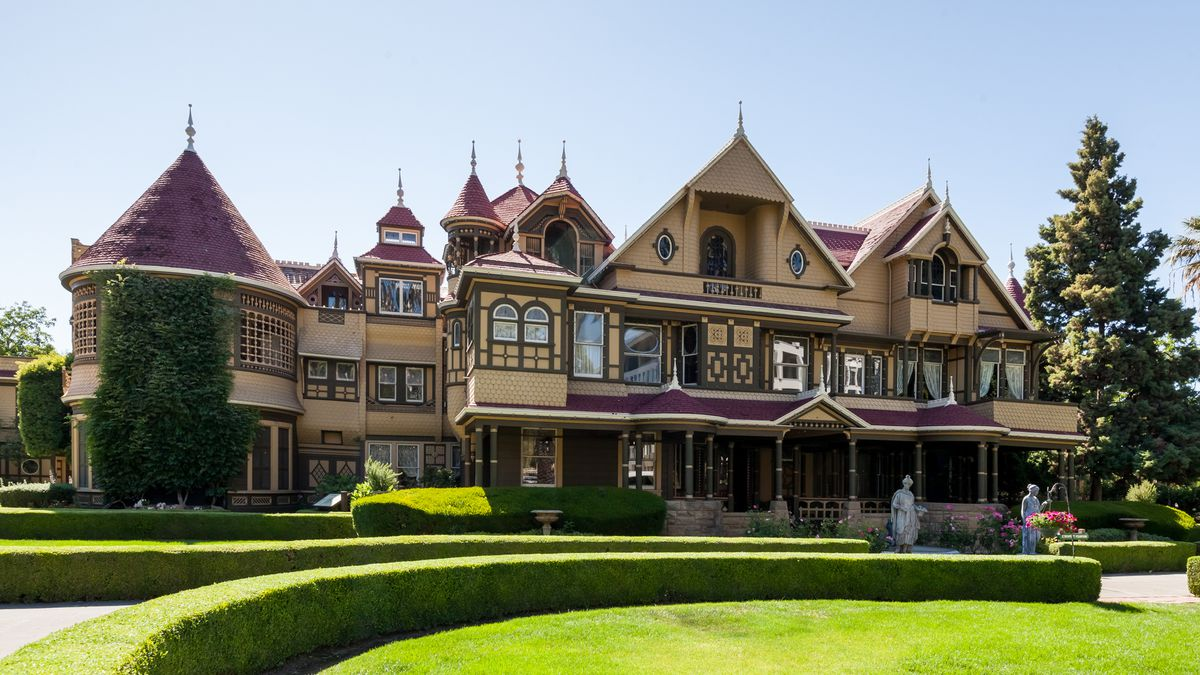 05-Winchester-House