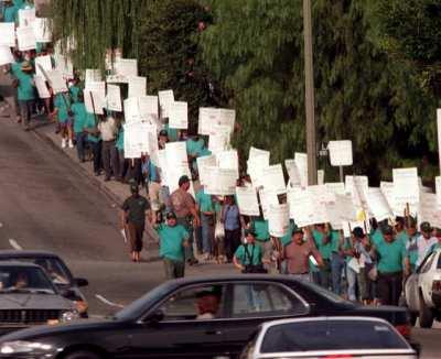 03-gardner-protest