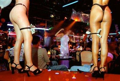 02-strip-club