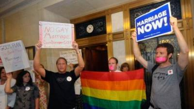 07-ny-gay-marriage
