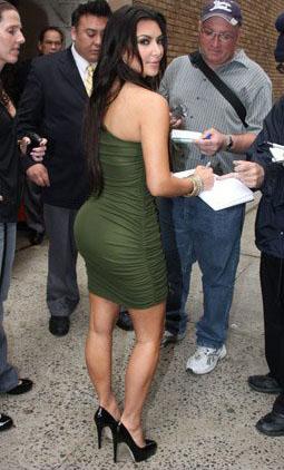06-kim-kardashian
