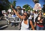 07-starbucks-protest