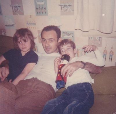 07-dad-in-den