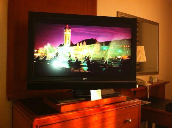 05-hotel-tv3