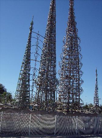03-watts-towers-3