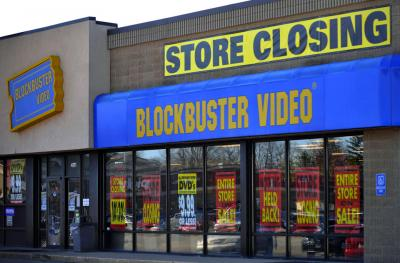 02-blockbuster-closing