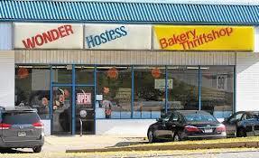 09-hostess-thrift-shop