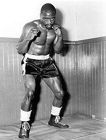 04-hurricane-boxer
