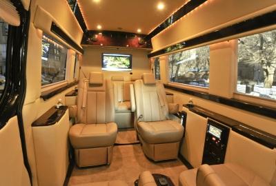 02-bus-limo