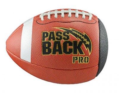 01-pass-back-football