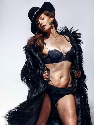 05-cindy-crawford-untouched