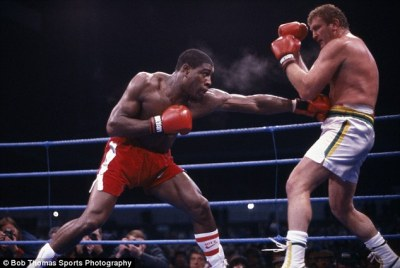 02-Frank-Bruno-fightin.jpg