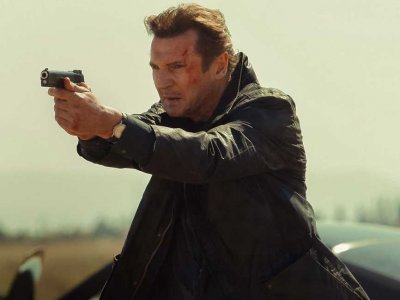 02-liam-neeson-hair-on-the-run.jpg