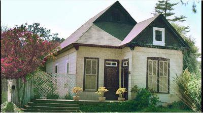 01-Adams-old-house.JPG