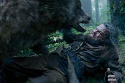 09-DiCaprio-NOT-raped-by-this-bear.jpg