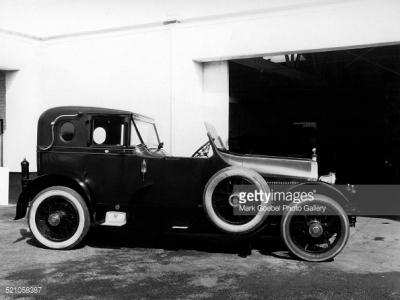 02-Rich-guy-car-2.jpg