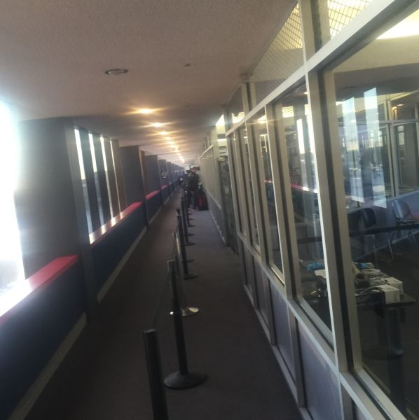 02-Lines-at-airport-2.jpg