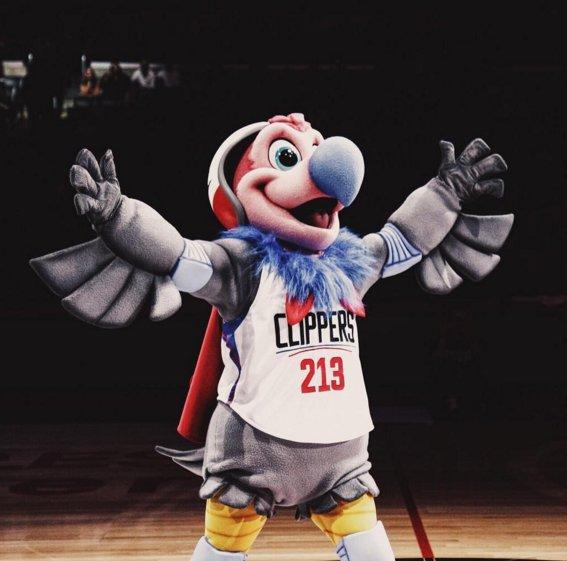 02-Clippers-Condor-mascot.jpg