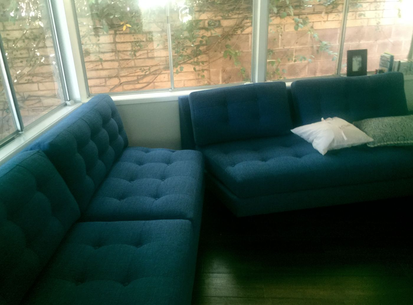 08-Couch-1.jpg