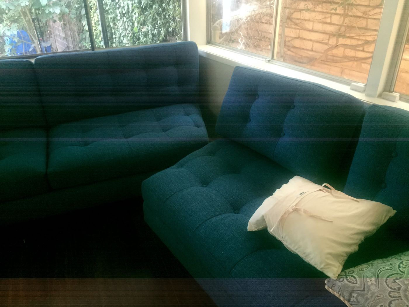 09-Couch-2.jpg