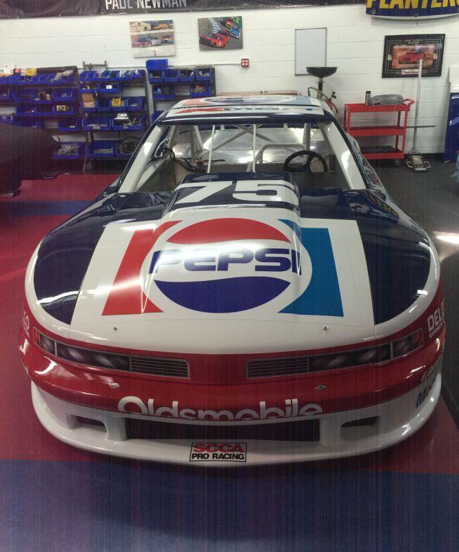 08-Newman-car-2.jpg