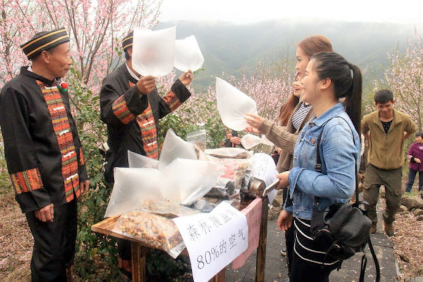 08-Fresh-air-bags-in-China.jpg