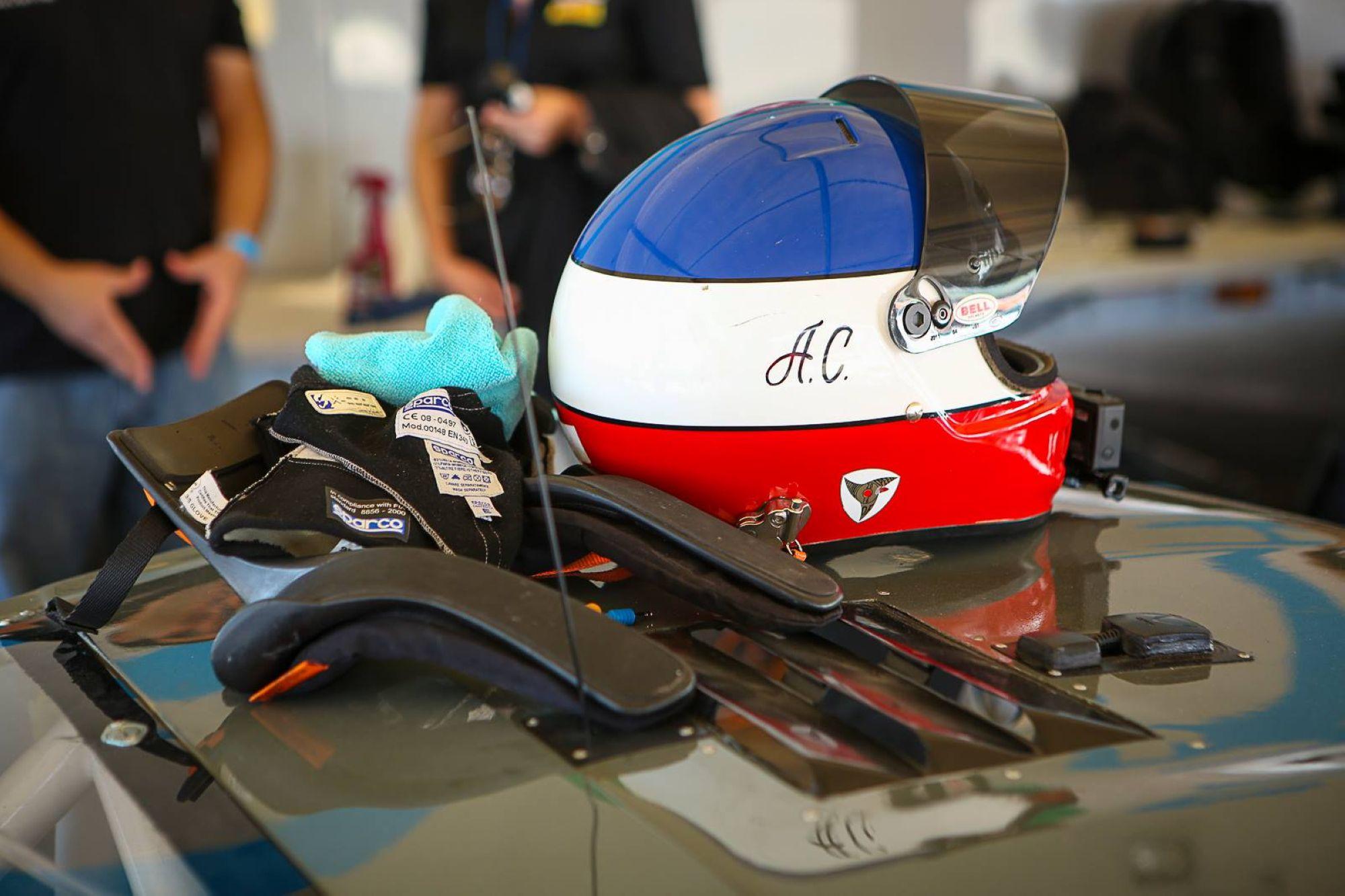 09-Adam-Helmet_1.jpg