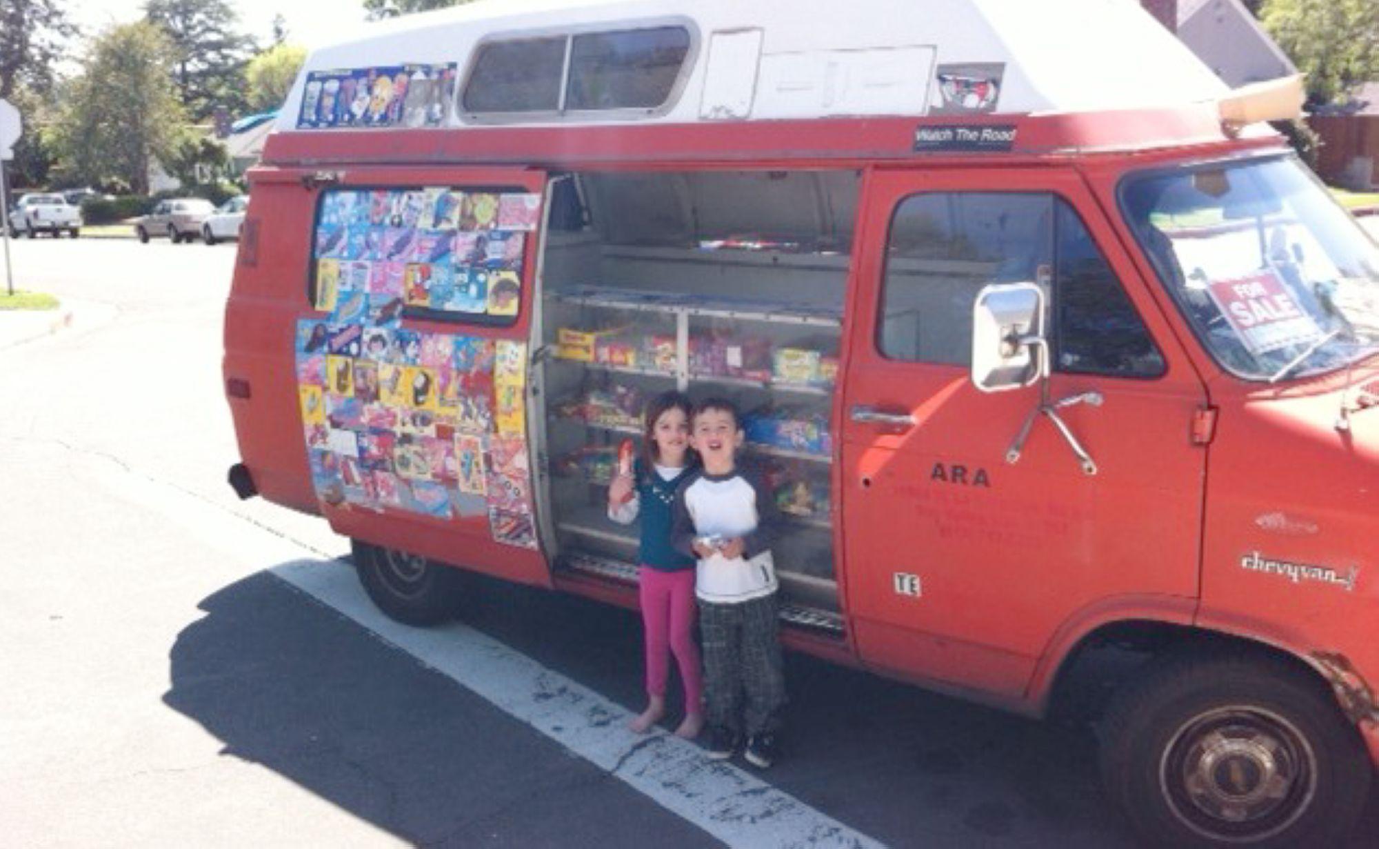 06-Ice-Cream-Truck