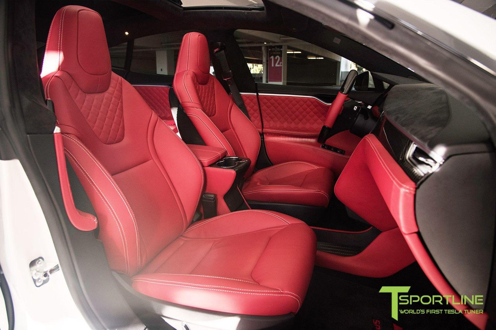 03-Tesla-Model-X-Red-Interior_1
