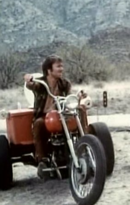 02-Toilet-Motorcycle-CC-and-Company