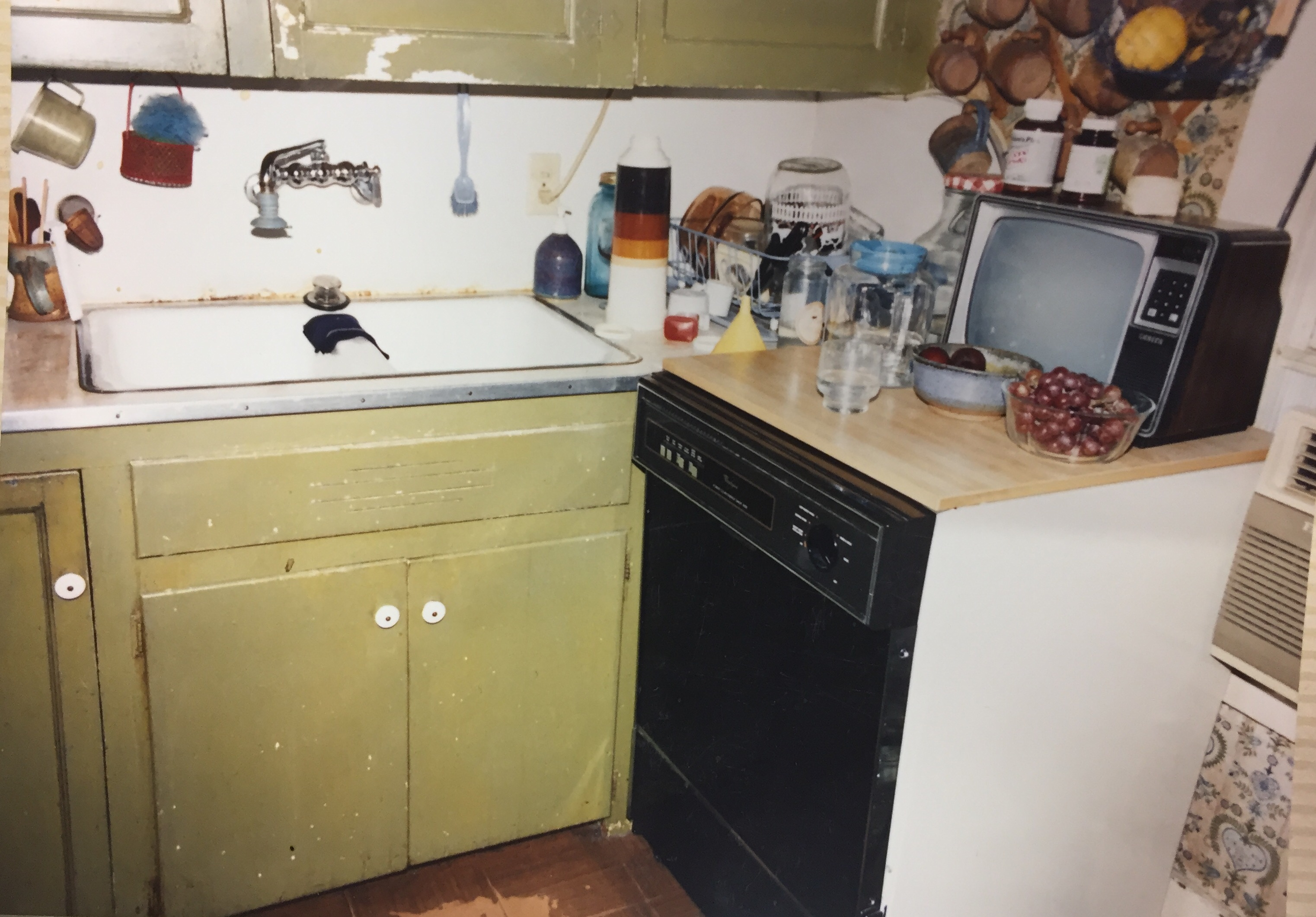 06-Adams-Childhood-Kitchen-3