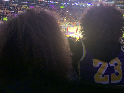 03-Lakers-Couple-Afros