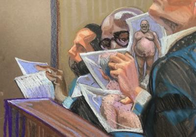 02-Weinstein-nude-photos-in-court
