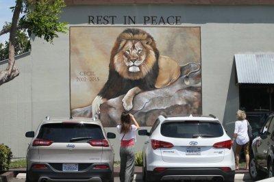 07-Cecil-The-Lion
