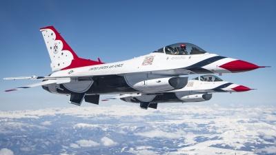 Thunderbirds fly to SJ AFB