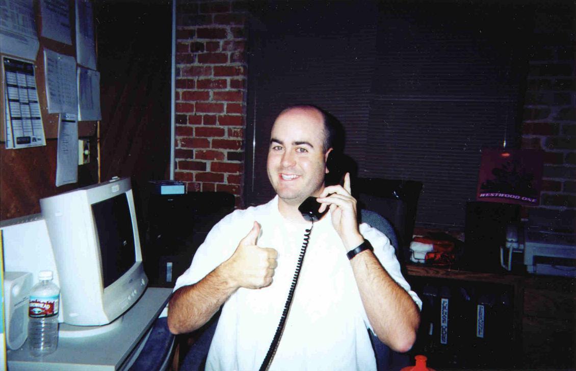 02-Bald-Bryan-screening-Loveline-calls