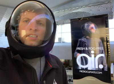 03-COVID-Helmet-Airport-Ad
