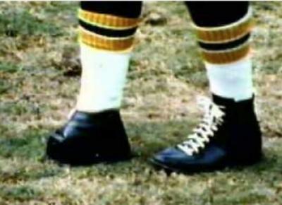 07-Tom-Dempsey-Shoe