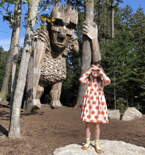 01 - Tessa Wood Statue