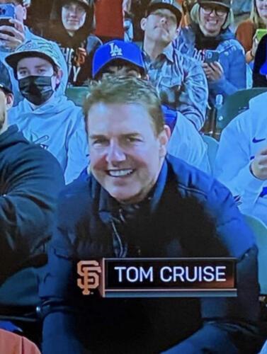 03 - Tom Cruise at Baseball Game