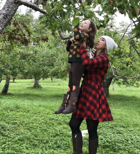 05 - Christie Tessa Apple Tree