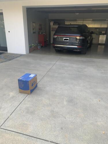 14 - Blue Apron Box 2